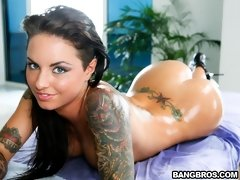 Christy Mack: Christy loves her ass rubbed