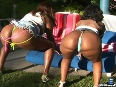 These 2 ebony babes are rockin out the sexiest bikinis ive ever seen in these super hot mpgs