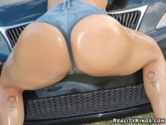 Hot brunette big booty chyanne gets her ass all wet and pussy fucked hard in these amazing car wash pics