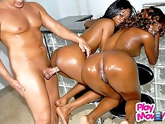 Smokin hot unique gets down for some double fucking in these amazing ebony 3some vids