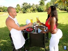 Check out the mega ass on diamond as she gets fucked hard in the bbq park in these outdoor vids
